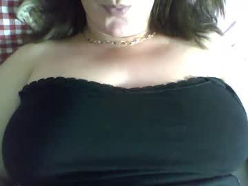 milllf_in_town987_1 chaturbate